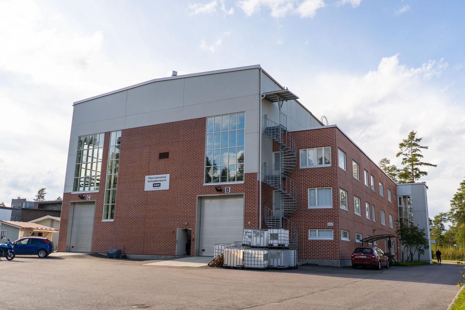 Xamk Kuitulaboratoriosta uutta mittaustekniikkaa biopolttoaineiden valmistukseen